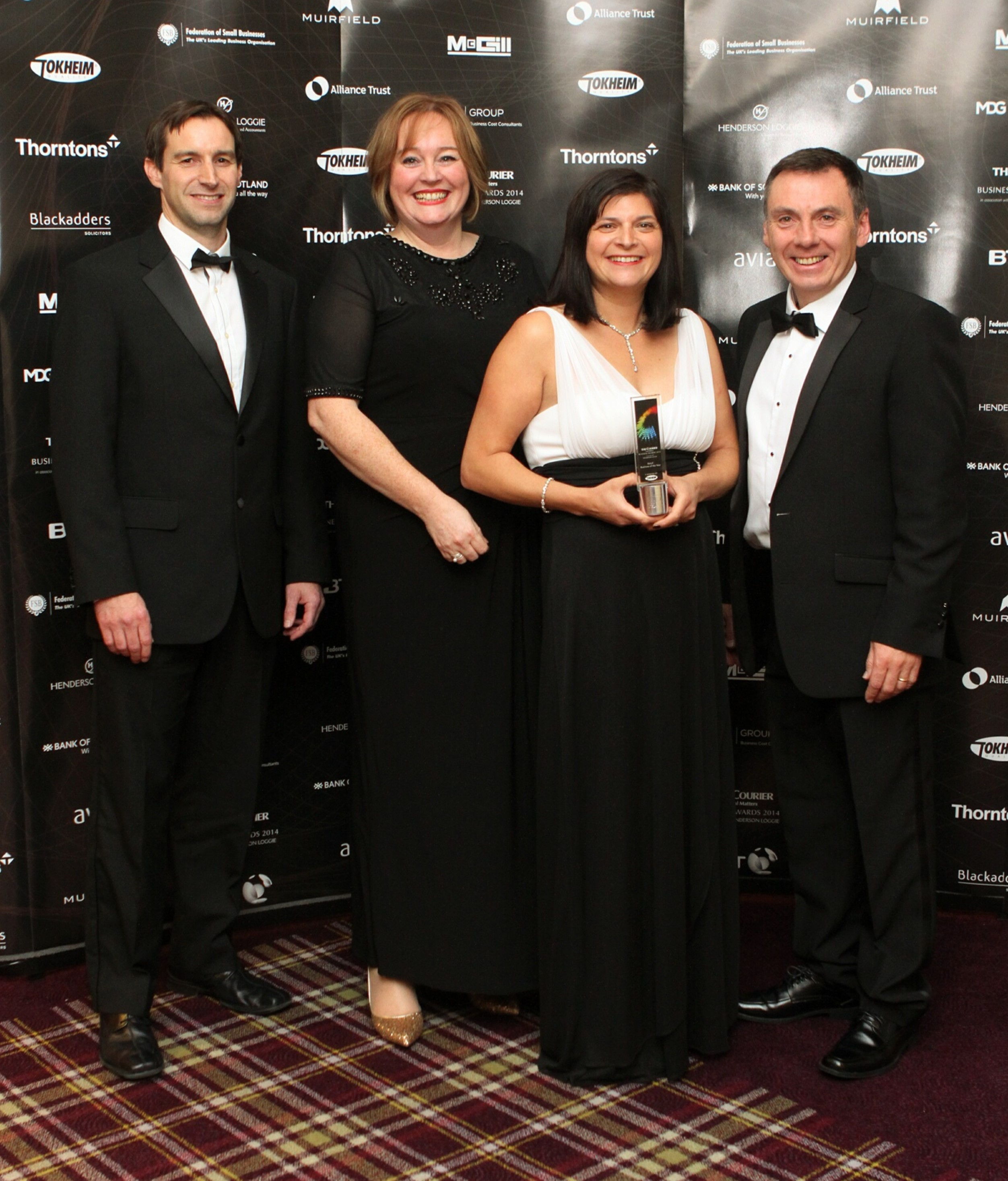 Jannettas - -The Courier Retail Business of the Year Award (1)